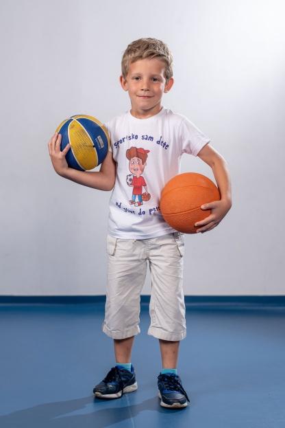 Dečije majice sportsko sam dete, kvalitetne pamučne majice štampane eko bojama na vodenoj bazi koje su ne škodljive za decu i postojane na materijalu. Sportanac